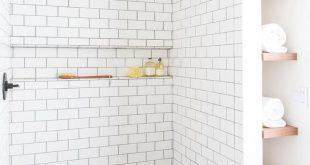 37+ Comfortable Small Bathroom Design and Decoration Ideas