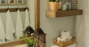 Hallway bathroom makeover with only $100 for the $100 Room Challenge. Love this ...