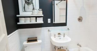 18+ Amazing Small Bathroom Remodel Simple Ideas